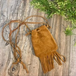 unbranded // tan suede leather fringed pouchette
